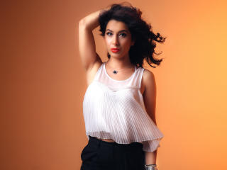 PleasantMarissa模特的性感个人头像,邀请您观看热辣劲爆的实时摄像表演!